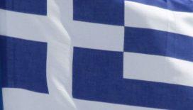 Grieken wachten half jaar op salaris
