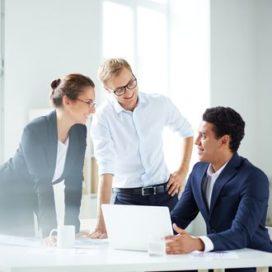 Slim verbeteren: zet manager met medewerker in team