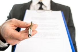 Belastingdienst verwerpt een op de drie modelovereenkomsten