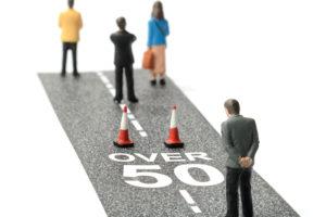 Kabinet: leeftijdsdiscriminatie niet strafbaar
